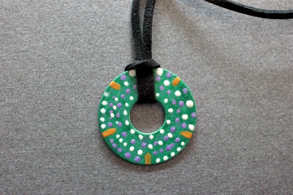 Alexander-And-The-Terrible- Australian Dot Painted Washer Necklace Craft
