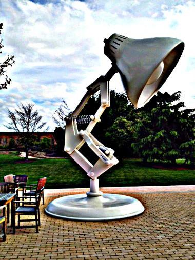Pixar-Studios-Lamp